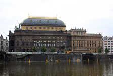 Národní divadlo