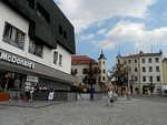 Jihlava - obchodní dům na náměstí