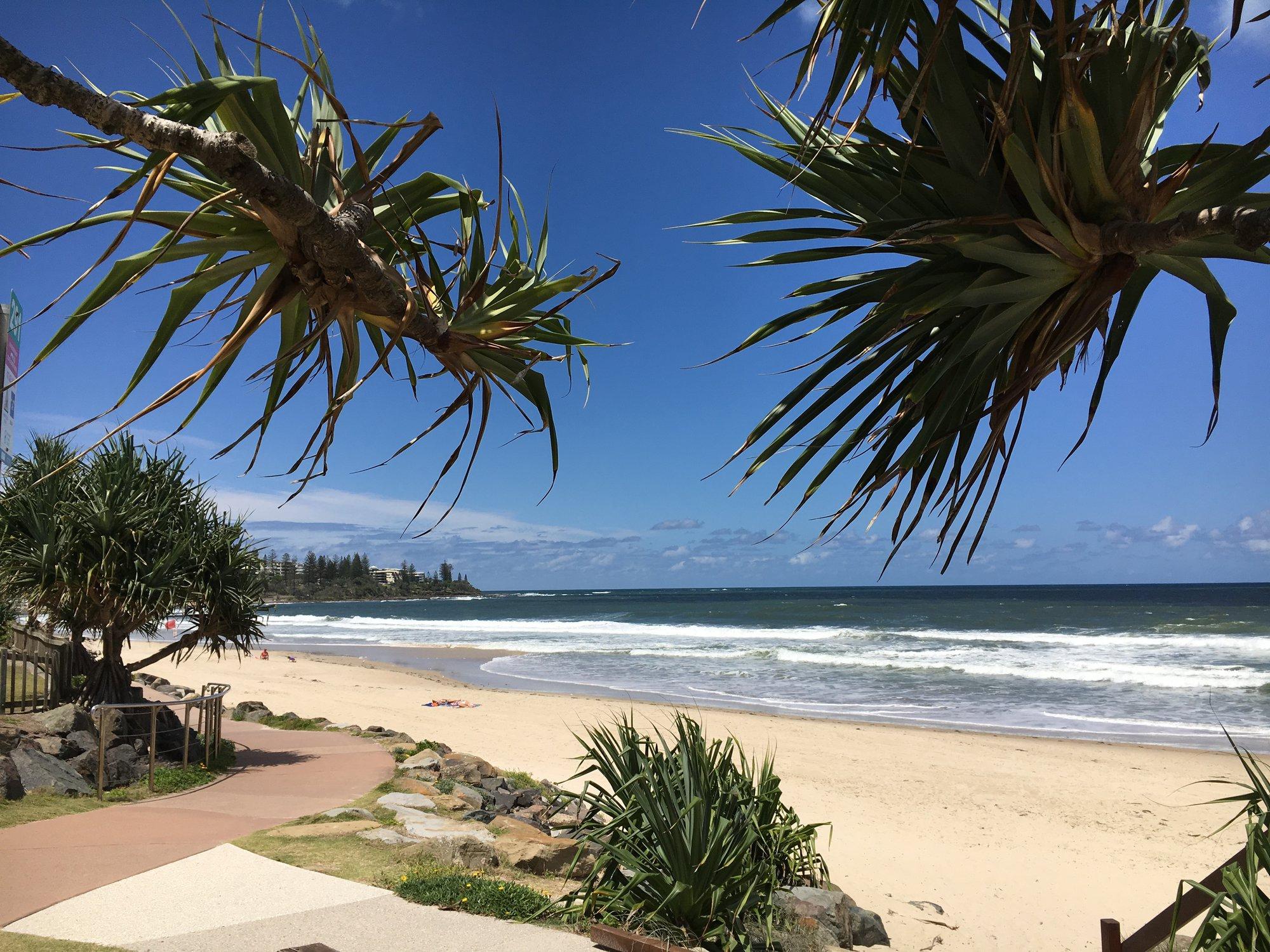 klidné pláže na Sunshine Coast