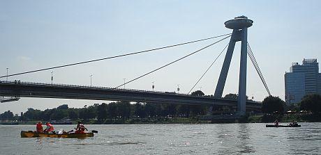 Most SPN – pohled z loďky