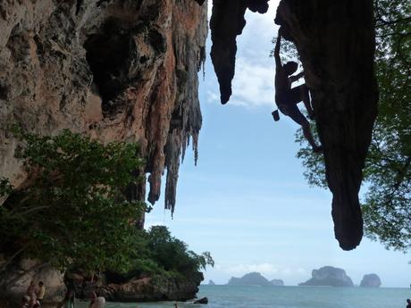 jih pláže Phra Nang