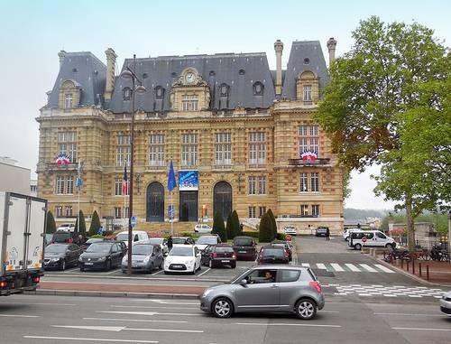 Versailles (město)