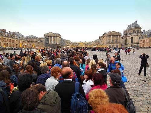 Zámek Versailles (přední část - vstup)