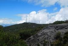 cesta k vrcholu a vysílače