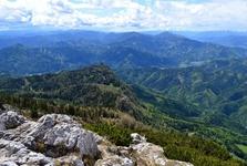Výhled na okolí z hory Hochlantsch