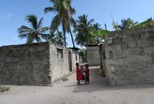 děti ve vesnici Nungwi
