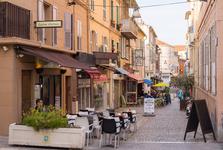 Azurové pobřeží - městečko Bandol