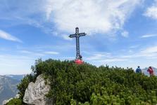kříž na vrcholu