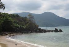 pláž na východě ostrova Karimun