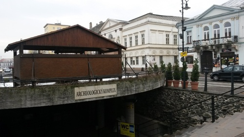 Main Street – entrance to the underground