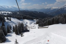ухоженные горнолыжные спуски Западного Дахштайна