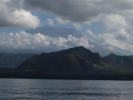 sopka Agung v celé své kráse