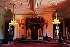 trónovú sálu