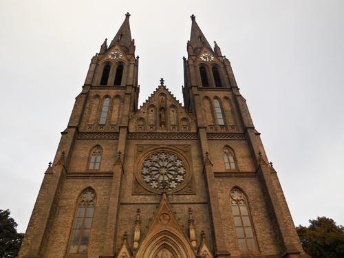 Прага – костел Святой Людмилы