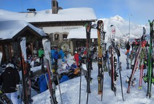 ski slope restaurants are overcrowded