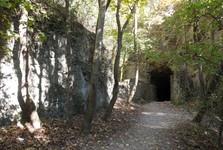záhadná jeskyně