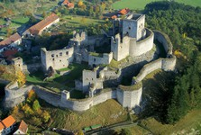 zřícenina hradu Rabí je národní kulturní památkou