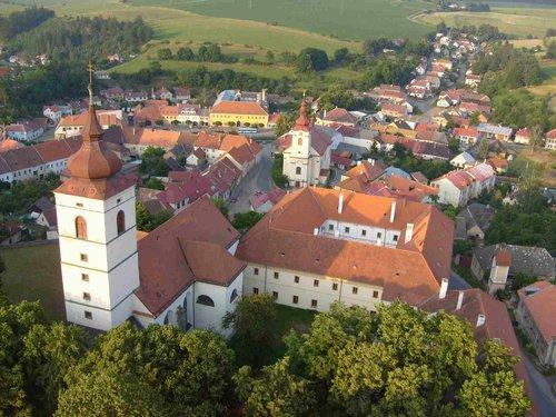 Brtnice - Paulánský klášter, archiv města Brtnice