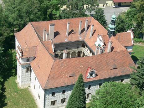 letecký pohled, foto správa zámku Doudleby