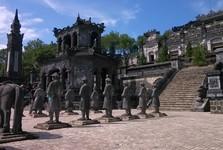 hrobka císaře Khải Định