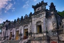 hrobka cisára Khải Định