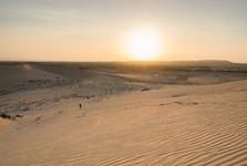 východ slunce nad dunami