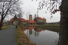 водный замок Швигов