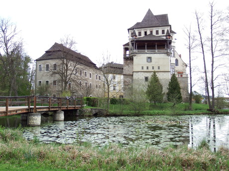 the view of the chateau from the park