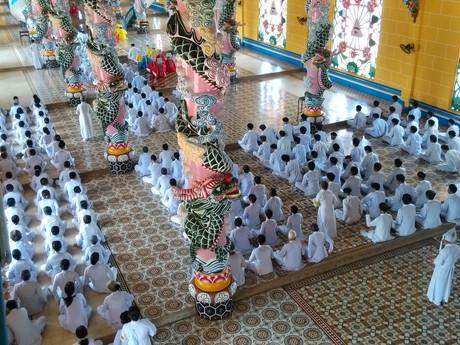 v chráme