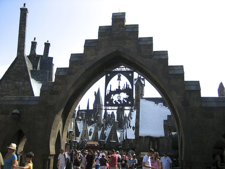 entrance into Hogsmeade