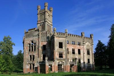 zámek před rekonstrukcí věže