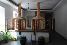 The brewhouse of Rudolecky Brewery is situated inside the restaurant. You can observe beer being brewed while enjoying local delicious beer.