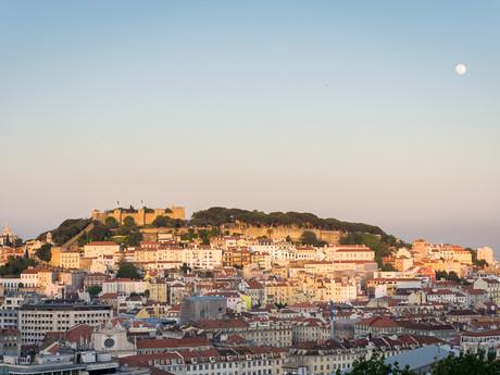 pohled město a hrad sv. Jiří