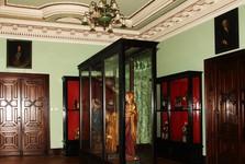 expozice historických hodin a soch