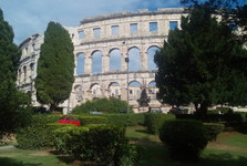 Pula – Roman amphitheatre, the view from the promenade