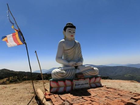 Mt. Victorii střeží socha Budhy