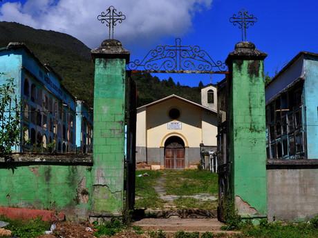 hřbitov v Coroicu