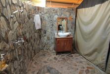 Mapito Tented Camp – koupelna