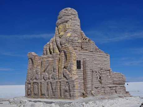 a statue of the famous Dakar at Salt Hotel