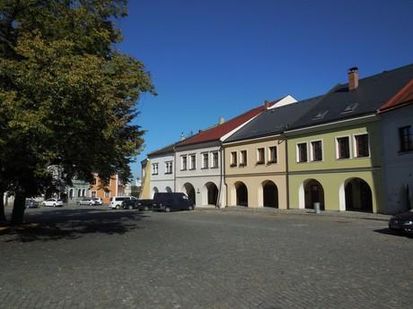 Верхняя площадь (ренессансные дома)