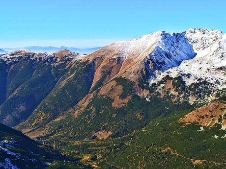 Žiarska dolina a vrch Baníkov
