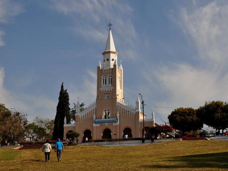 kostel ve městě Areguá