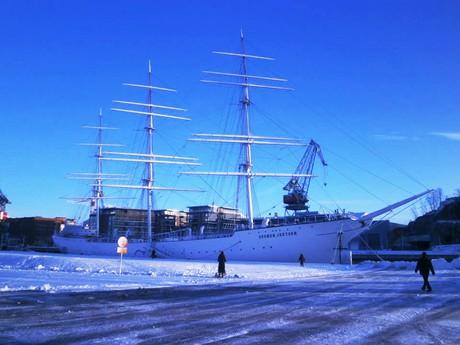 Suomen Joutsen sail boat