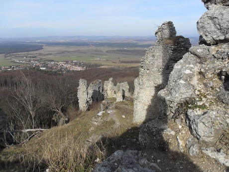 Korlatka Castle