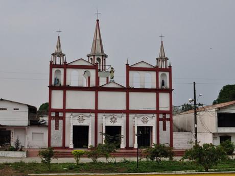 kostel ve městě Mutatá