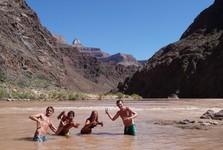 koupání v řece Colorado je zážitek na celý život