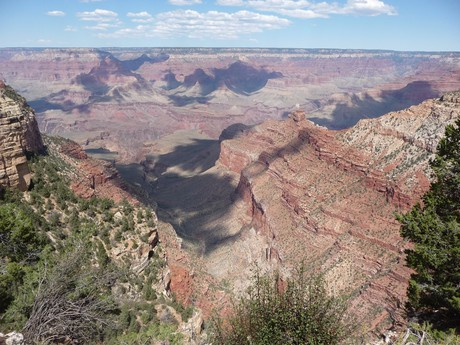 the vista over the canyon from its southern rim