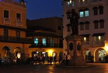námestie Plaza de los Coches