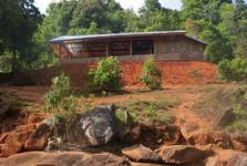 phonsavanská pôda s poľnohospodárskou usadlosťou