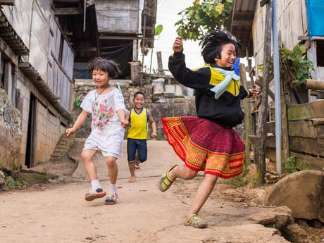 kids in Mu Ban Khum village